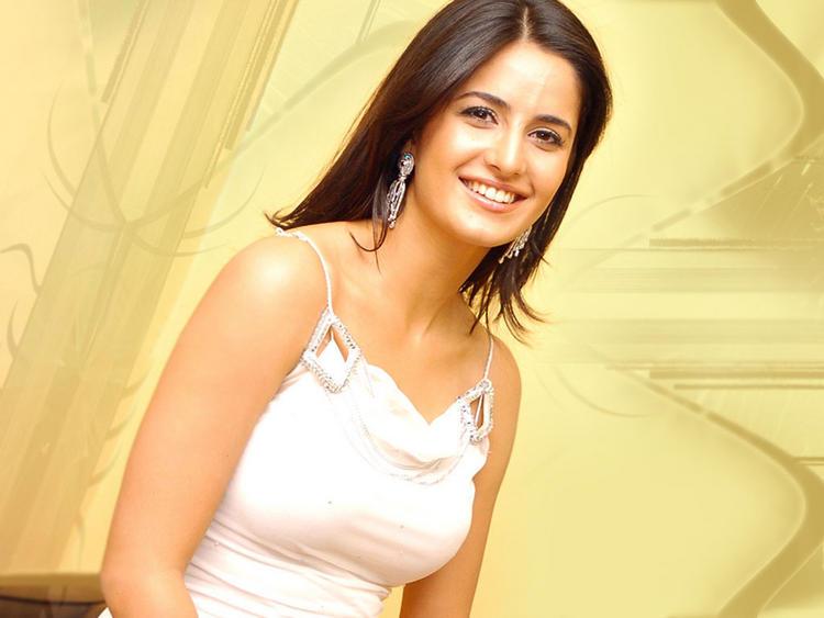 Katrina Kaif Gorgeous Smile Pic