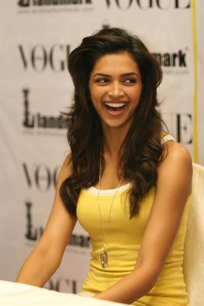 Deepika Padukone Smiling Pic at Vogue Issue Launch