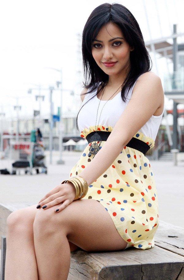 Neha Sharma Milky Legs Show Sexy Photo