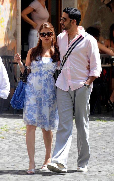 Aishwarya and Abhishek Bachchan Stunning Pic in Rome