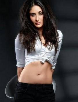 Kareena Kapoor Spicy Milky Navel Exposing Still