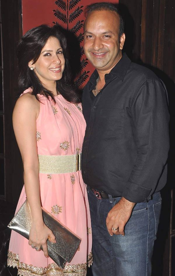 Amrita And Rahul Smiling Pic