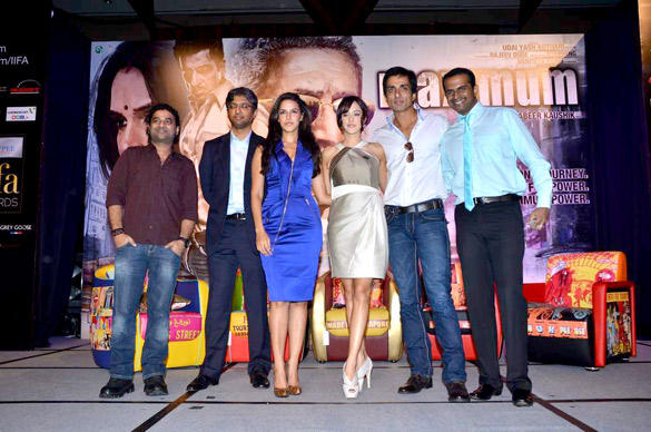 Cast Of Maximum at IIFA 2012 Singapore Press Conference