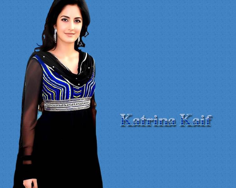 Katrina Kaif Glowing Face Look Wallpaper