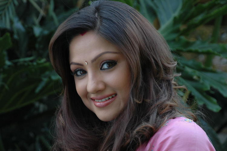 Priyanka Trivedi Cute Smiling Still From XYZ Telugu Movie