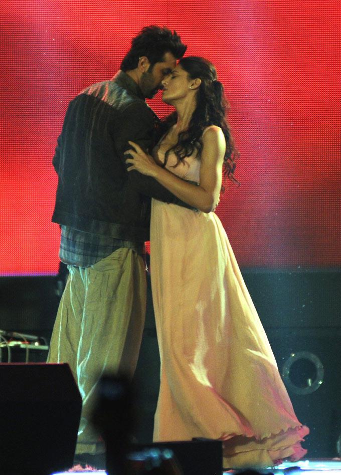 Ranbir And Nargis Cosy Romance Kissing Scene Photo From Movie Rockstar