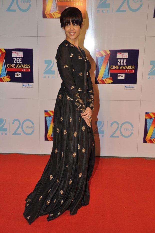 Genelia D Souza Bang On Style In Neeta Lulla At Zee Cine Awards 2013