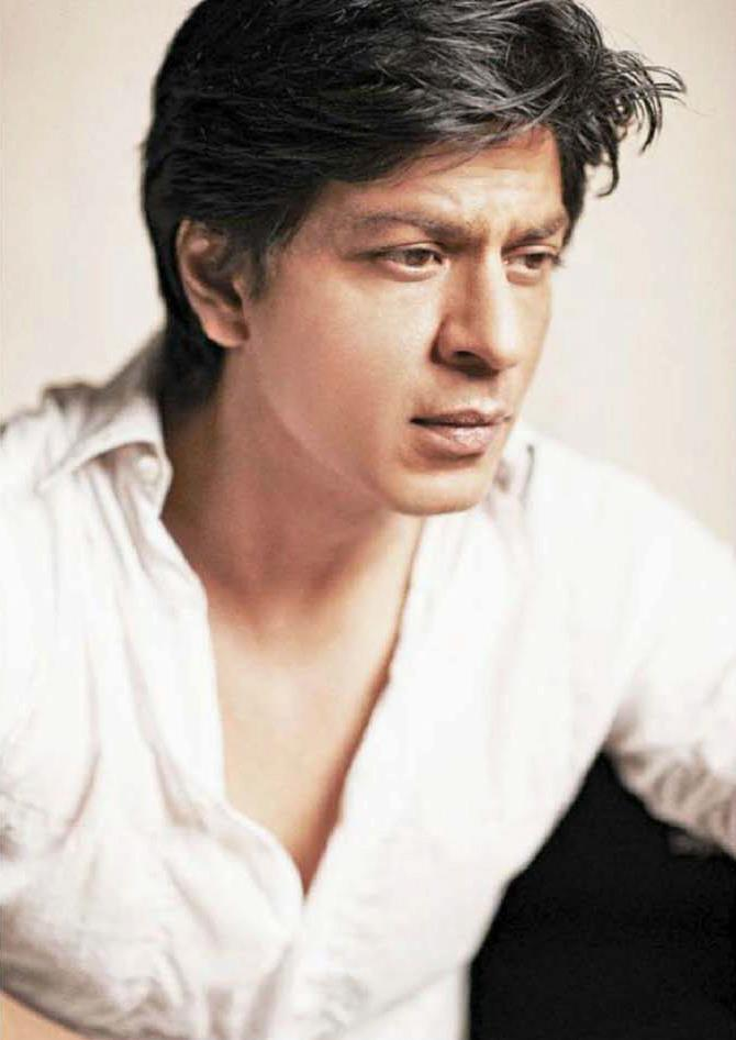 Shahrukh Khan Dazzling Photo Shoot For Filmfare Hindi January 2013