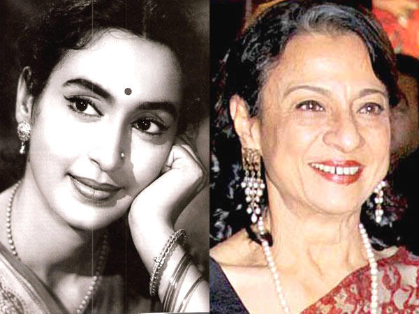 Nutan and Tanuja Smiling Photo Still