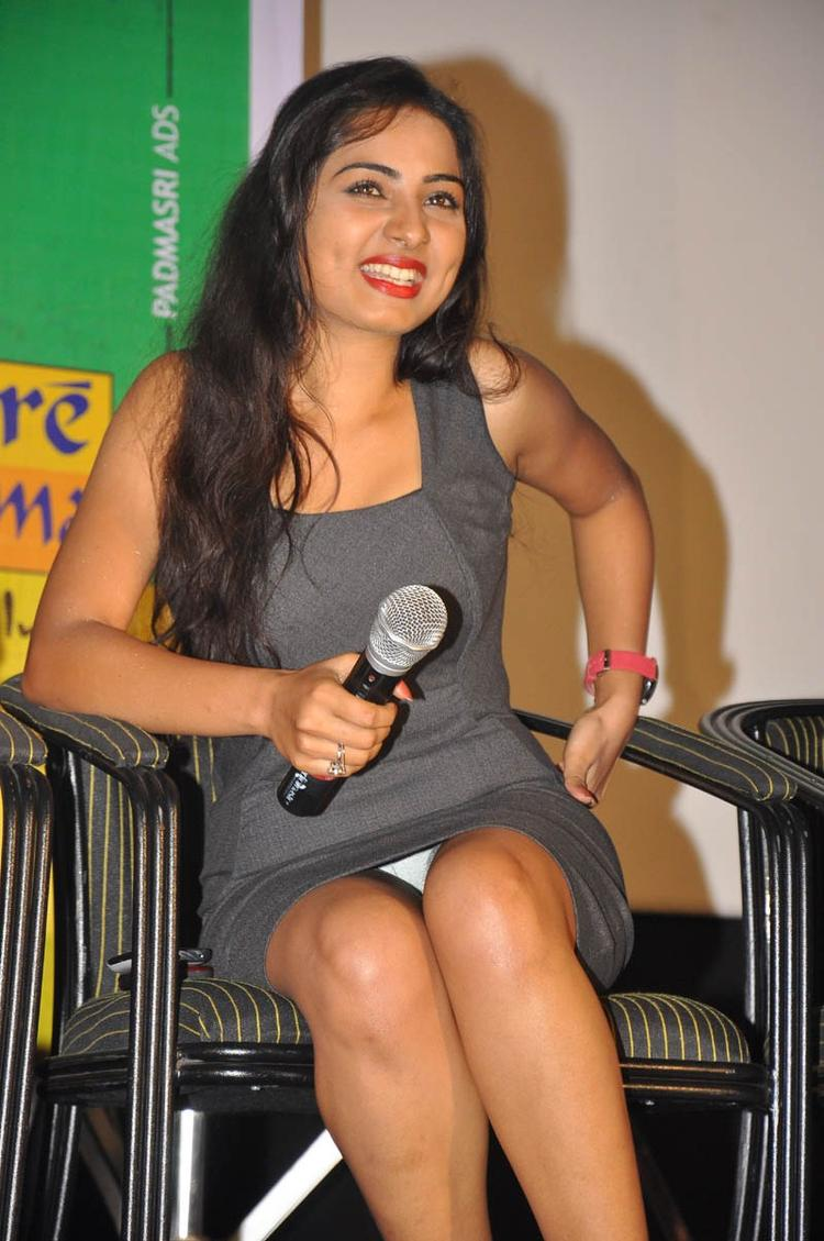 Sruthi Cute Smiling Photo Still