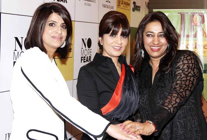 Neeta Lulla With Anu Ranjan Posed At Beti Fashion Show