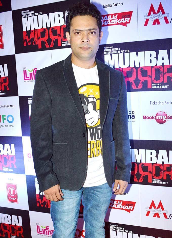 Ankush Dashing Look Photo Clicked At Mumbai Mirror Screening