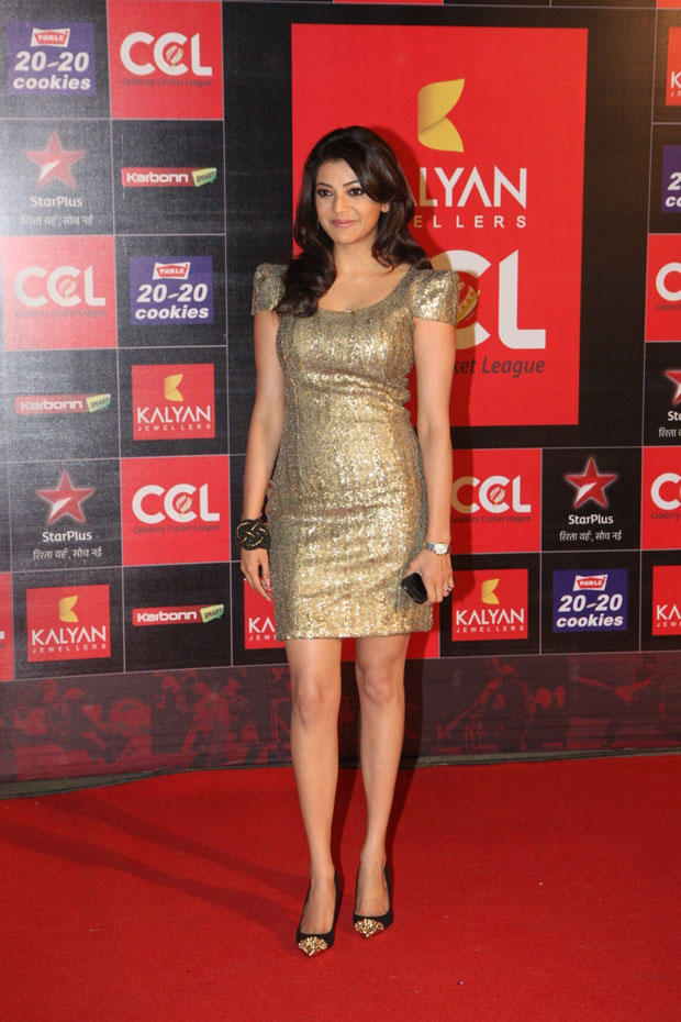 Kajal Aggarwal Hot Look In Red Carpet At CCL Curtain Raiser 2013