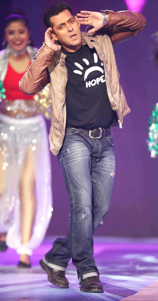 Salman Khan In Performance Mode At The CCL Season 3 Red Carpet