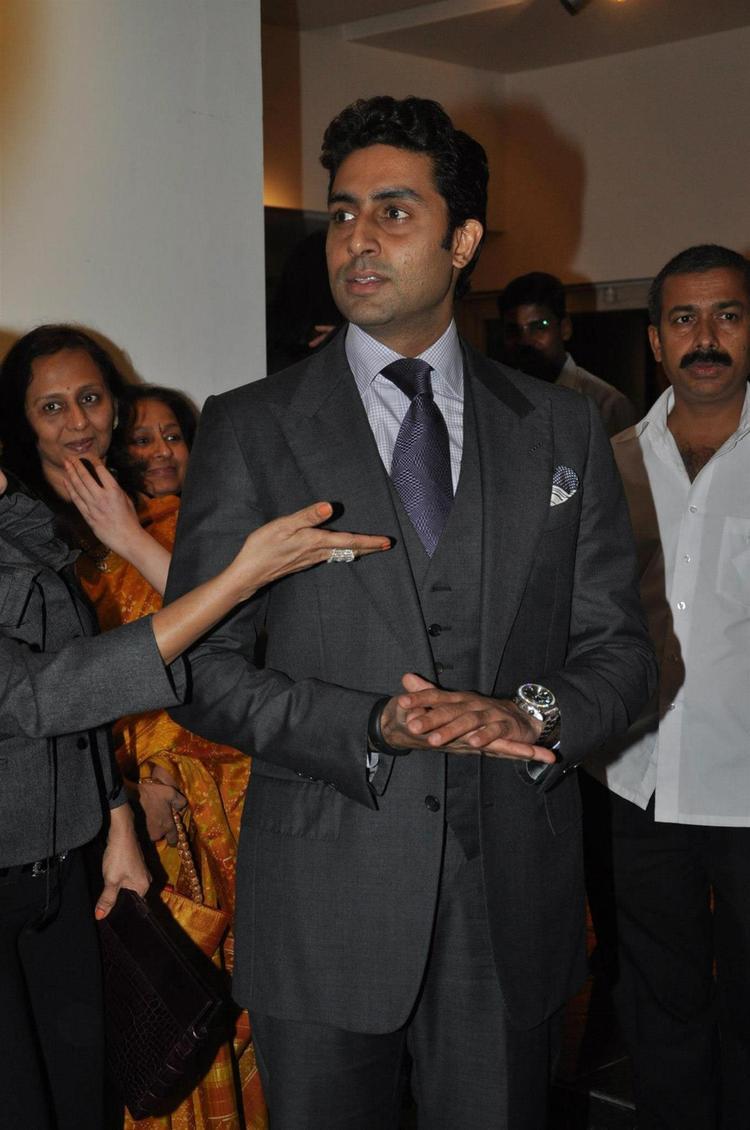 Abhishek Arrived At Art Exhibition Of Radhika Goenka