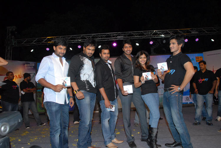 Swati,Allari Naresh,Manchu Manoj,Nani,Nikhil And Nara Rohit Posed For Camera At Swamy Ra Ra Audio Release Function