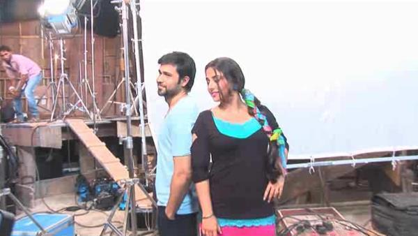 Emraan And Vidya Back To Back Photo Clicked On the Sets Of Ghanchakkar