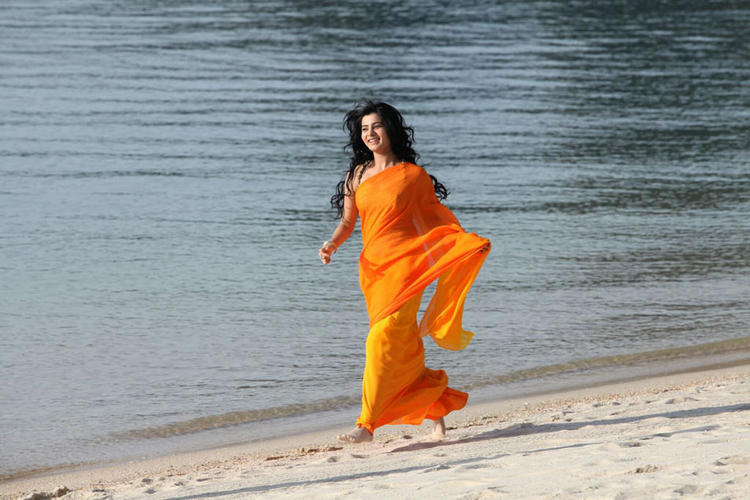 Samantha Sexy Look Photo In Orange Saree From Movie Jabardasth