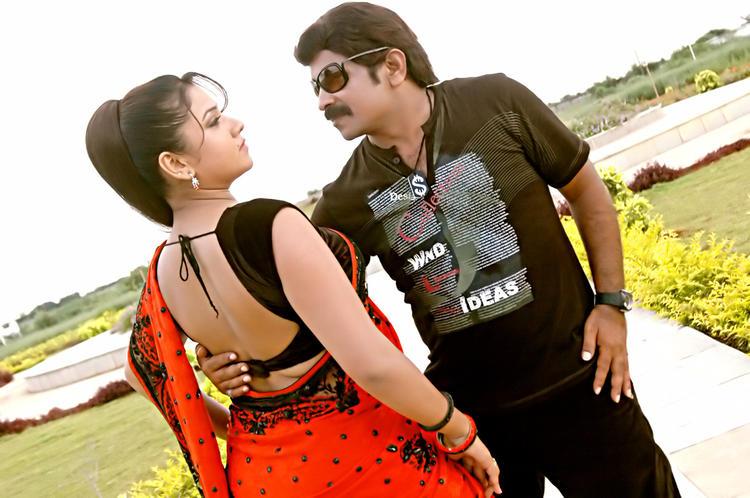 Jyothi And Yati Raja Romantic Still From Pandavulu Movie