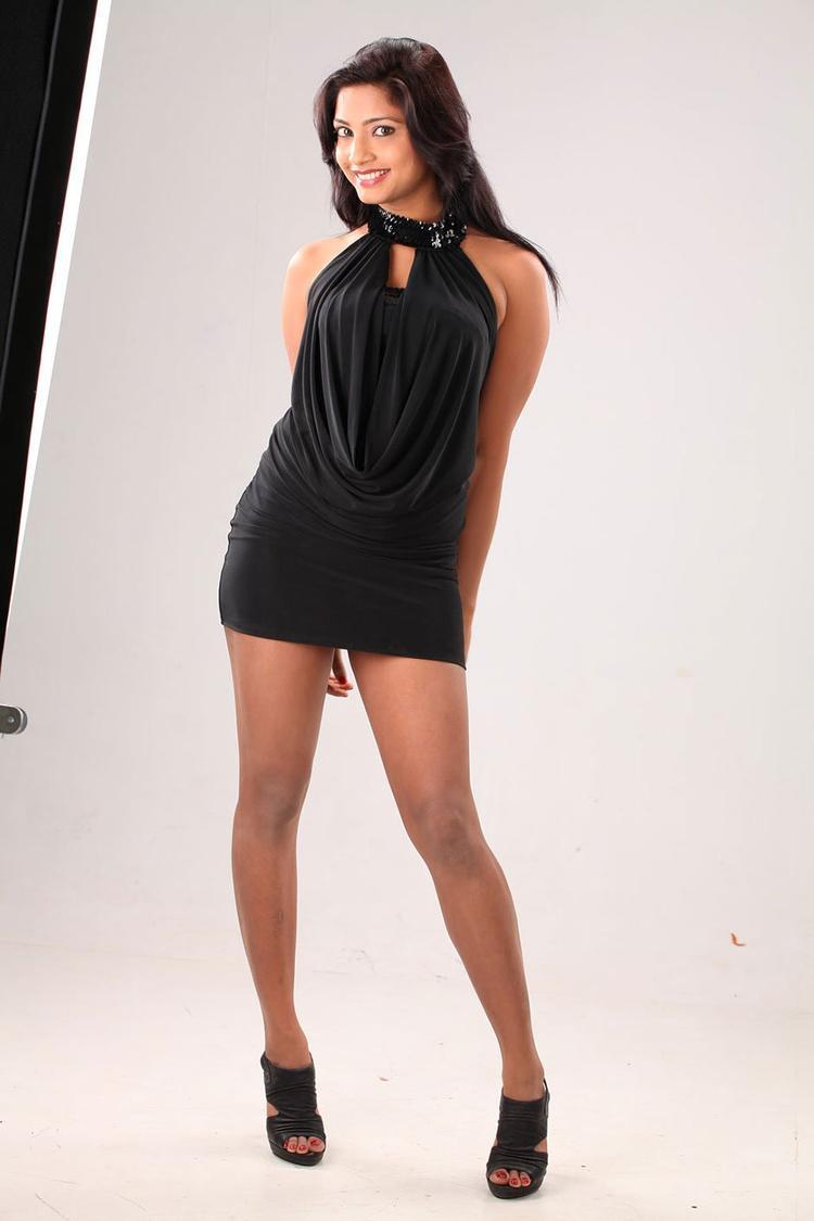 KamnaHot Gorgeous Photo Shoot In A Mini Black Dress