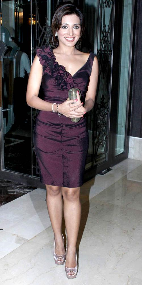 A Hot Celeb At Rochele Pinto Book Launch Event