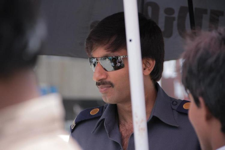 Gopichand Stylish Look On the Sets Of Jackpot Movie