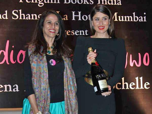 Shobhaa And Kareena Posed For Camera At Rochele Pinto Book Launch Event