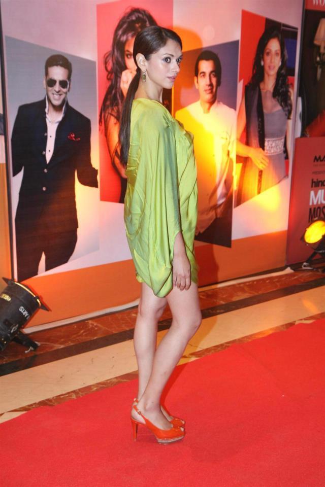 Aditi Rao Sexy Pose For Camera At The Hindustan Times Style Award 2013