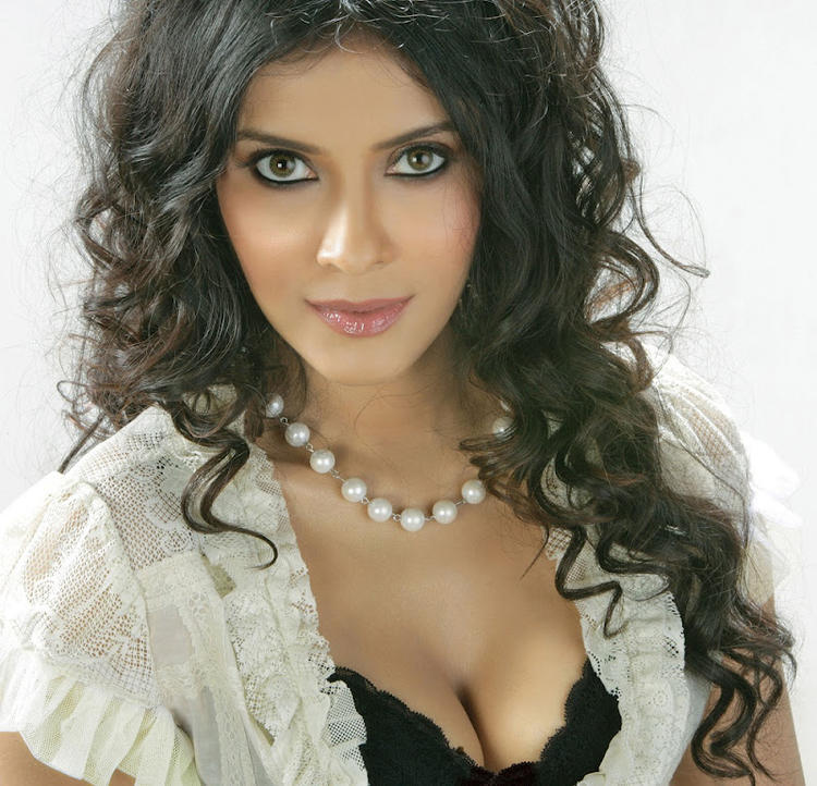 Nandana Sen Sizzling And Attractive Photo Still