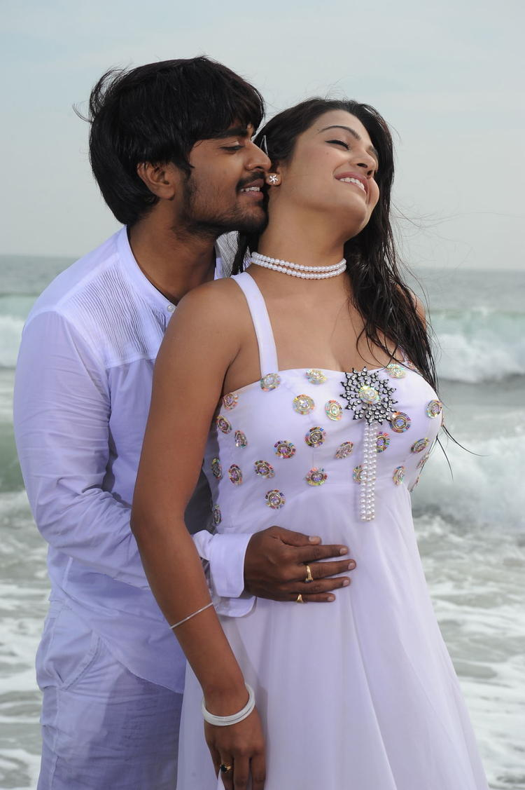 Mangam And Tashu Sexy Romance Scene Photo Still Of Movie Gola Seenu