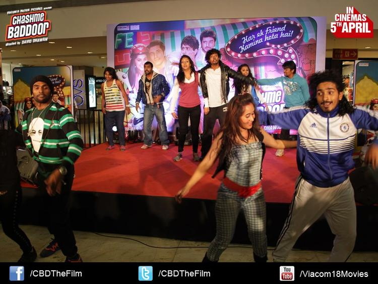 Guests Dance Photo Clicked At Chashme Baddoor Music Launch