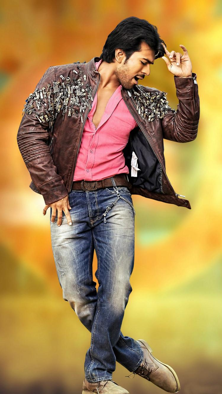 Ram Charan Nice Dancing Photo Still From Movie Naayak