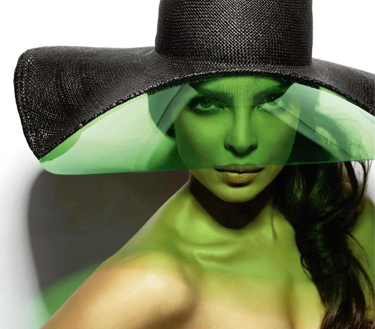 Priyanka Chopra Stylish Look Photo Shoot For Vogue India March 2013