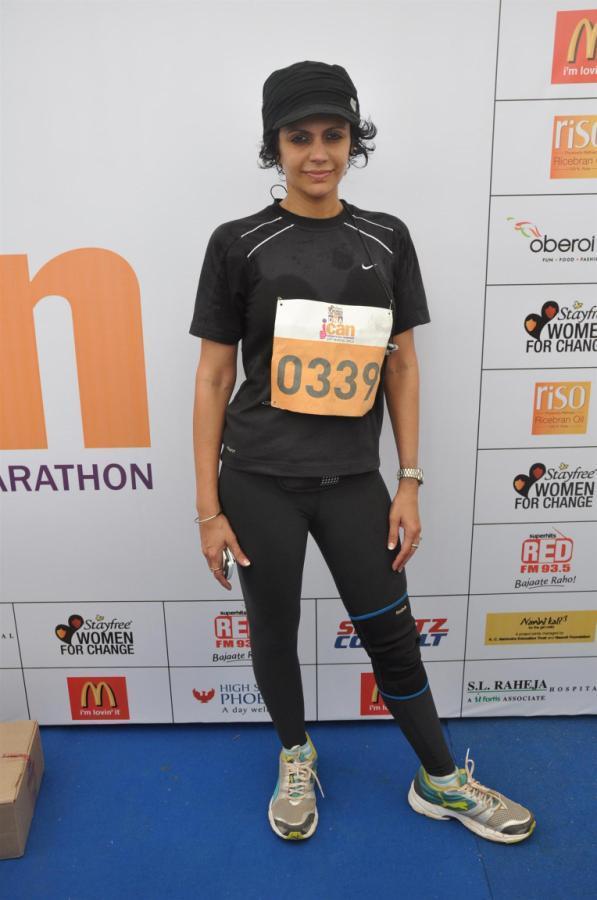 Mandira Bedi Strikes A Pose At DNA I Can Womens Half Marathon
