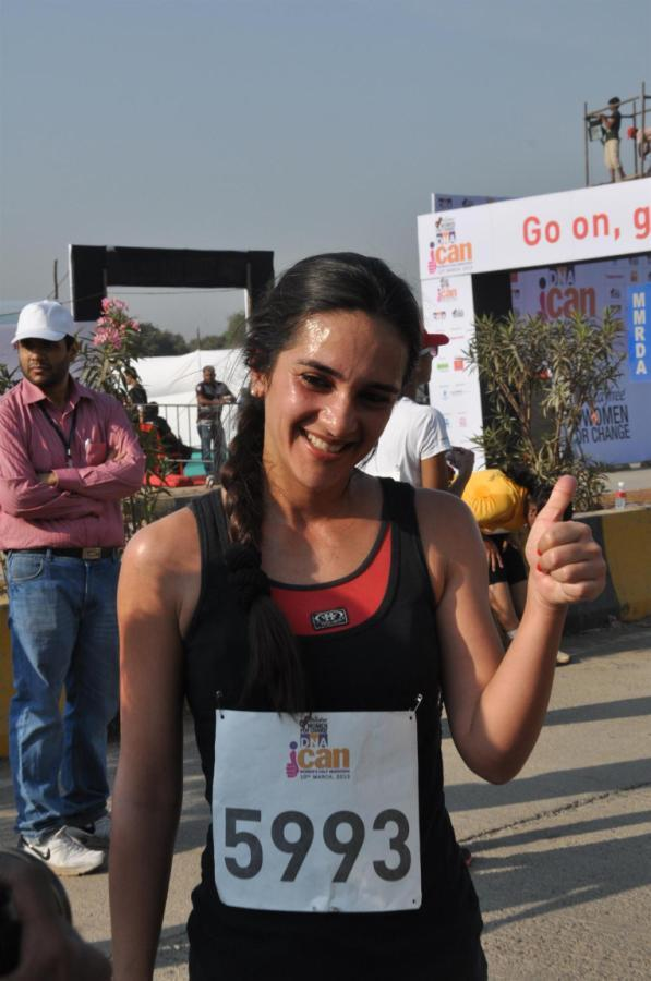 Tara Sharma Smiling Pose For Camera At DNA I Can Womens Half Marathon