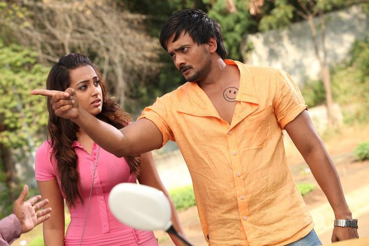 Sairam And Ester Angry Look Photo Still From Movie 1000 Abaddalu