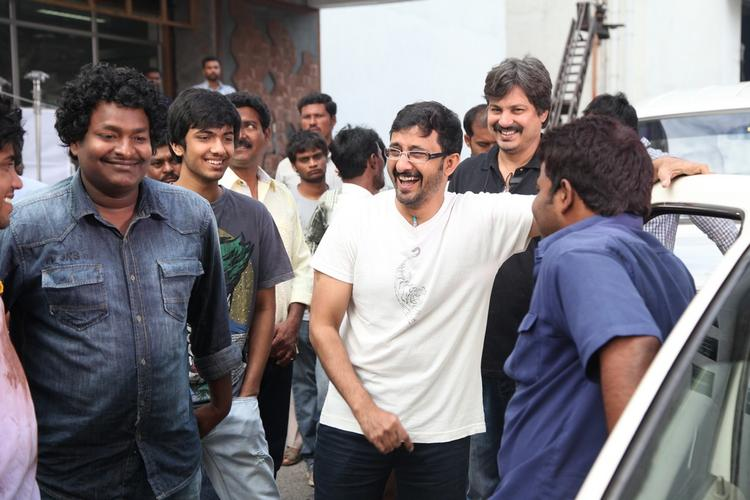 Teja With Team On Movie 1000 Abaddalu Location