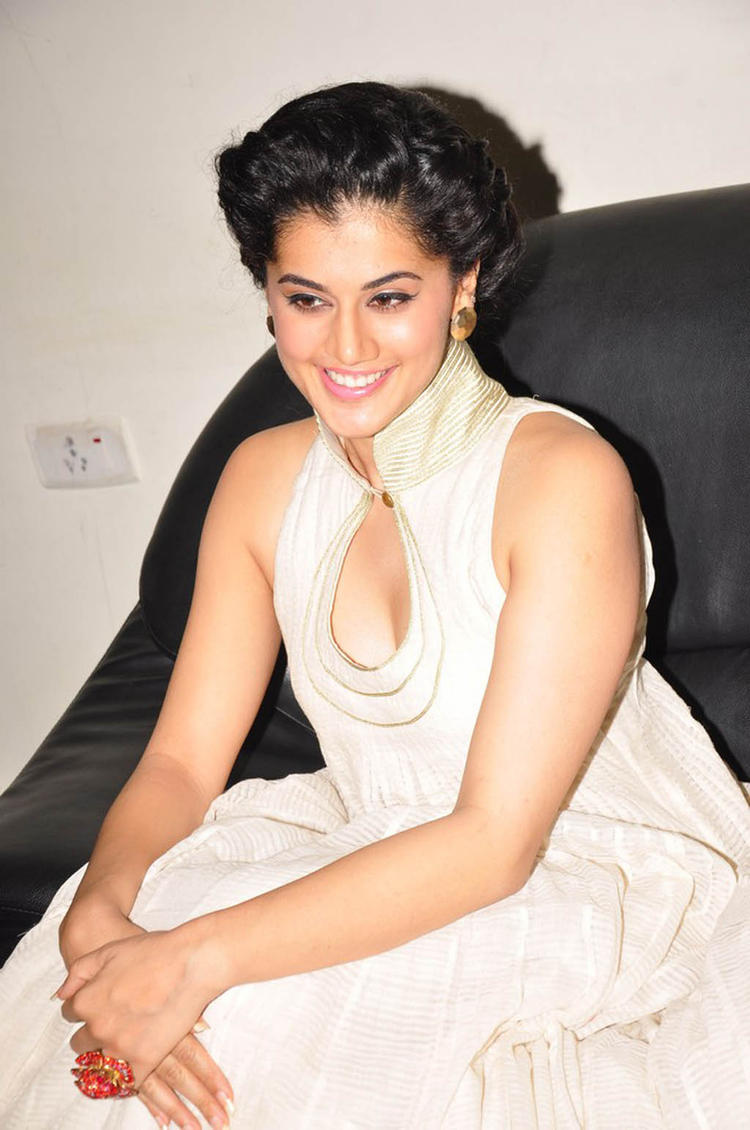 Taapsee Hot Gorgeous Photo Still At Shadow Audio Release Function