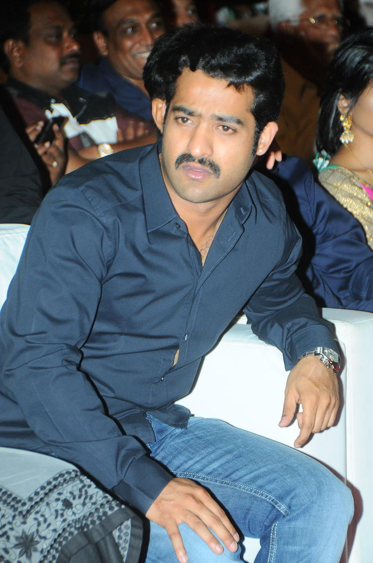 Jr. NTR Dazzles At Baadshah Audio Launch Function