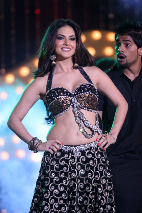 Sunny Leone Hot And Spicy Look At The Music Launch Of Shootout At Wadala