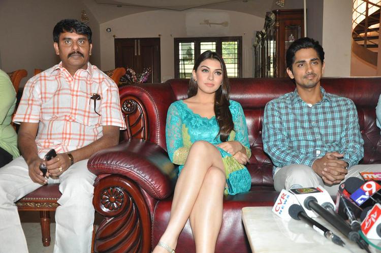 Hansika,Sundar C And Siddharth Photo Clicked At Something Something Movie Press Meet