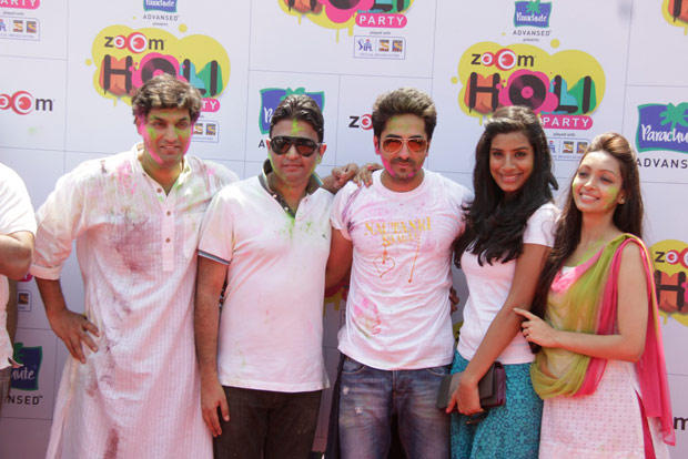 Kunaal,Ayushmann,Pooja And Bhushan Posed For Camera At ZOOM Holi Party