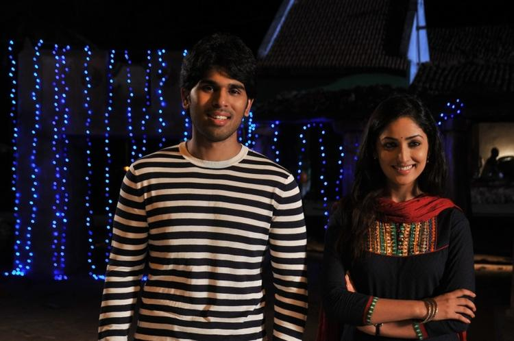 Allu Sirish And Yami Cute Smiling Photo Still From Movie Gouravam