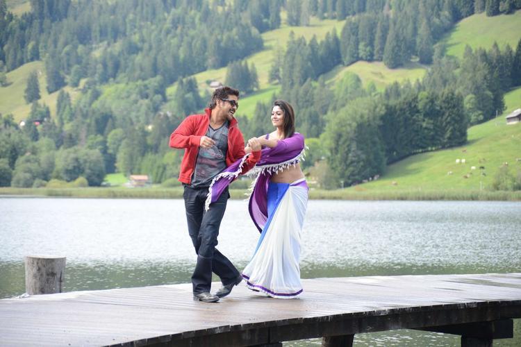 Nagarjuna And Nayantara Dancing Photo Still From Movie Greeku Veerudu