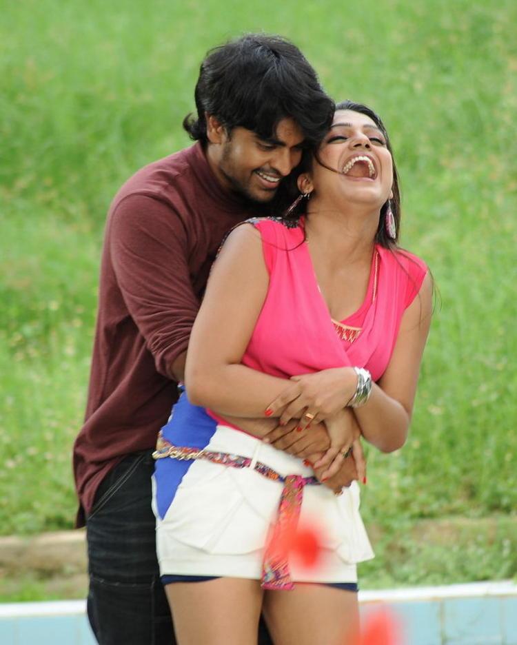 Srinivas And Tashu Hug Photo Still From Movie Gola Seenu