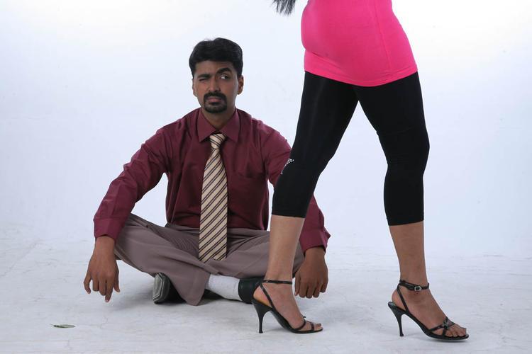 Akshaya Cute Expression Photo Still From Movie Lavvata