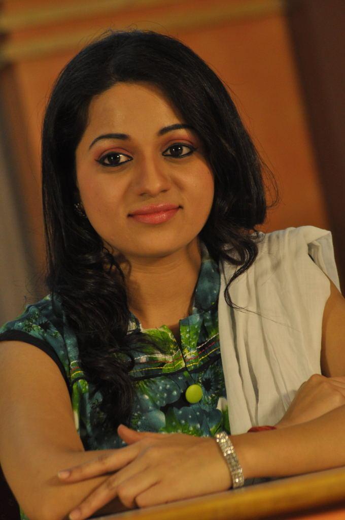 Reshma Beautiful Look At Jai Sriram Movie Platinum Disc Function