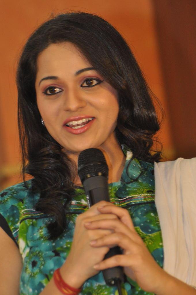 Reshma Speaking Still At Jai Sriram Movie Platinum Disc Function