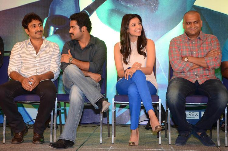 Srinu,Jr.NTR,Kajal And Bandla Ganesh Spotted At Baadshah Movie Success Meet
