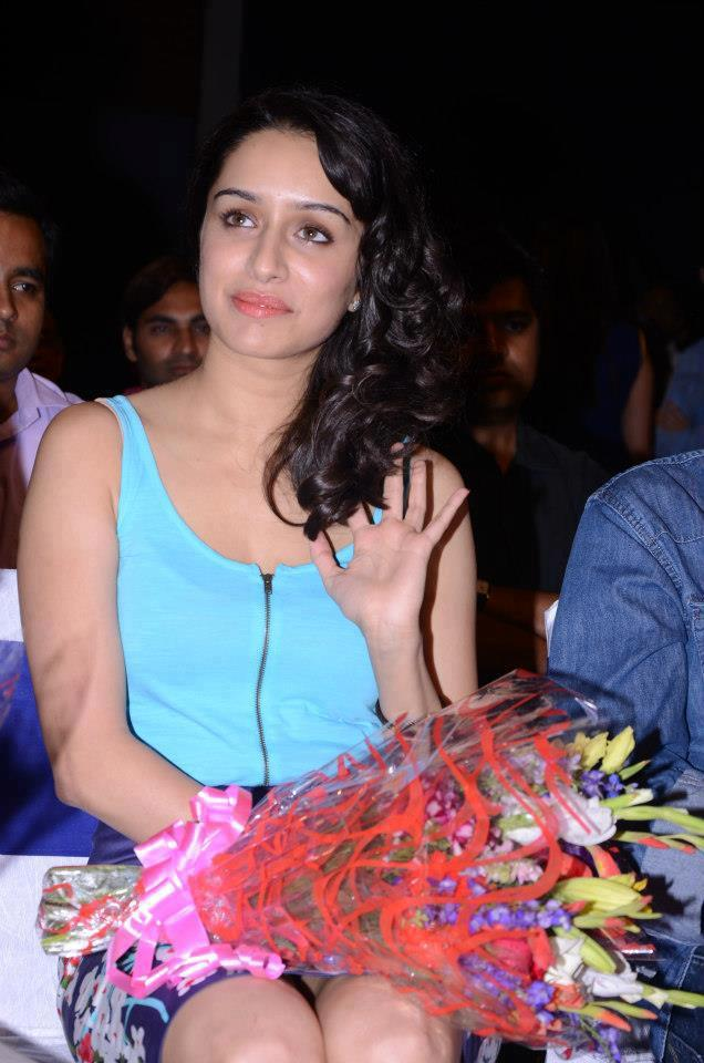 Shraddha Kapoor Cute Smiling Look During The Music Launch Of At Aashiqui 2 Movie
